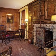 Hever Castle - History, Rooms & Tours