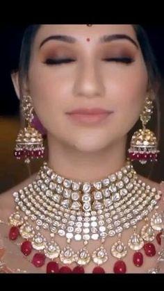 Indian Bride Poses, Indian Wedding Poses, Indian Bridal Photos, Indian Bridal Jewelry Sets, Indian Wedding Makeup, Indian Wedding Photography Poses, Indian Bridal Outfits, Wedding Dance Video, Indian Wedding Video