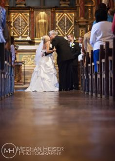 Copyright Meghan Heiser Photography wedding ceremony pictures creative ideas light bride bridals father walking down the isle