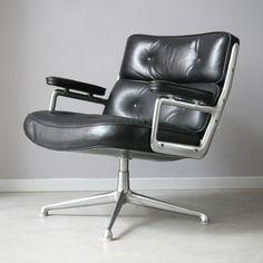 Eames Lobby chair 675, 1965