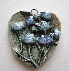 Cluster Daisy Heart Pendant | da maryharding