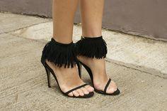 10 DIYs for Fringe Lovers | Anklets!