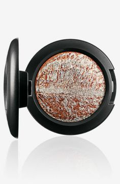 New MAC MAC Cosmetics - Eye shadow - WINTER PURSUIT - 100% Authentic
