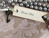 Wedding Favor Box Vintage inspired Key Escort card by Pedoozle