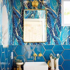 Our bluhemian bath. Nana wallpaper in blue. @fireclaytile. @davidtsay for @housebeautiful. Jungalow style. Justina Blakeney home