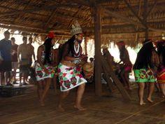La gente Embera de Panama. Este groupo indigena habla las lenguas embera y wounaan.