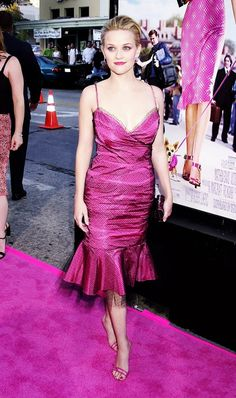 Reese Witherspoon wore head-to-toe pink to the Legally Blonde premiere in 2001.