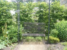 Schloß und Park Altdöbern – Orangerie mit Garten