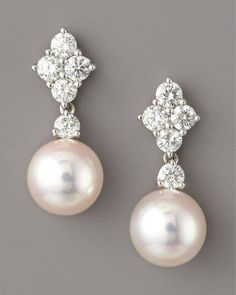 The new vintage: pearls paired with diamonds. Keep it classy, ladies, for those nights out.   Give us a call and we'll see about creating similar pieces: (632) 844-0822/(632) 812-3456 local 3519.  #vienouvelle #philippines #rings #wedding #weddings #weddingday #weddingring #engagement #engagementring #weddingbandshopping #engaged #diamonds #hubby #ring #awesome #life #photooftheday