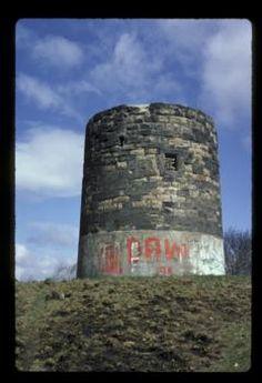 Heaton Park windmill, 1979