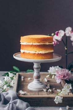 This is the best Vegan Vanilla Cake recipe! It's a fluffy, soft and moist vanilla layer cake with simple buttercream frosting. Easy to make and delicious! Vegan Vanilla Cake, Vegan Cake, Vegan Desserts, Delicious Desserts, Vegan Buttercream Frosting, Whipped Cream Frosting, Aquafaba, Strawberry Cream Cakes, Vegan Wedding Cake