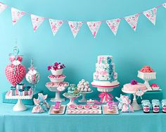 girly party table in pretty pink and blue