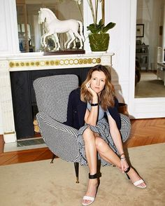 Congratulations to @ClareWaightKeller formerly of @Chloe named @GivenchyOfficial's new artistic director. As #Givenchy's sixth head designer in the house's history following in the footsteps of fashion legends like #AlexanderMcQueen and #JohnGalliano she will be the first woman to head the storied label. Click the link in our bio to read more.  via W MAGAZINE OFFICIAL INSTAGRAM - Celebrity  Fashion  Haute Couture  Advertising  Culture  Beauty  Editorial Photography  Magazine Covers…