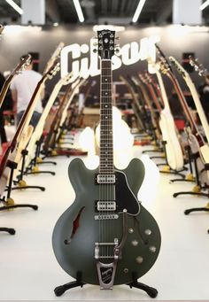 Gibson ES-335 Chris Cornell Signature