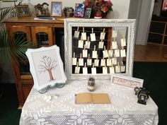 Thumb print tree / sign in book / Polaroid stand