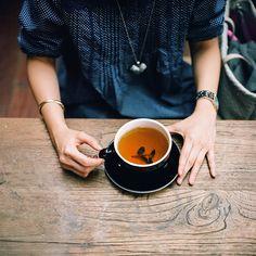 drink hot coffee MILK mug tea cup warm cozy cream yum delicious tea cup Coffee Time, Tea Time, Coffee Break, Te Chai, A Well Traveled Woman, Cuppa Tea, Tea Art, My Cup Of Tea, Simple Pleasures