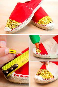 Alpargatas personalizadas con lentejuelas ➜ Transforma tus alpargatas y hazlas únicas con cola caliente y unas lentejuelas. #DIY #Alpargatas #Espardeñas #Esparto #Zapatillas #Customizar #Ropa #Lentejuelas Crochet Shoes, Crochet Slippers, Diy Fashion, Fashion Shoes, Shoe Refashion, Boho Shoes, Creative Shoes, Shoe Pattern, Fabric Shoes