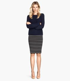 Can't go wrong with a pencil skirt Product Detail | H&M US