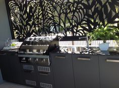Outdoor entertaining area feature panel/privacy screen by Screen Art. http://www.screenart.net.au