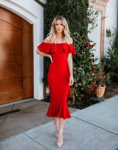 Trendy Ideas Dress Midi Red Fashion Styles Informations About Trendy Ideas Dress Midi Red Fashion Styles Pin You can easily us Red Dress Outfit, Red Midi Dress, Dress Outfits, Fashion Dresses, Red Ruffle Dress, Havana Style Dresses, Trendy Dresses, Nice Dresses, Havana Nights Dress
