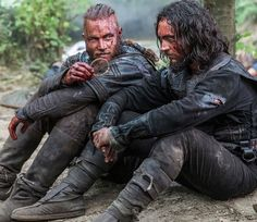 Vikings (series 2013 - ) Starring: Travis Fimmel as Ragnar Lothbrok and George Blagden as Athelstan. Ragnar Lothbrok Vikings, Ragnar Lothbrook, Vikings Travis Fimmel, Travis Fimmel Vikingos, Vikings Tv Show, Vikings Tv Series, Vikings Hbo, Vikings Actors, History Channel