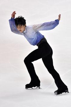 http://www1.pictures.zimbio.com/gi/Yuzuru+Hanyu+ISU+Grand+Prix+Figure+Skating+ud5DBu4bVtZx.jpgからの画像