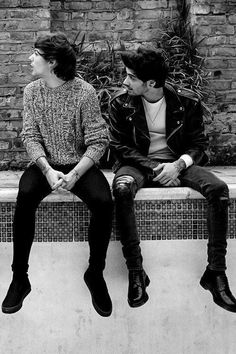 Image about zayn malik in one direction by arzu One Direction Louis, One Direction Quotes, One Direction Pictures, One Direction Room, Niall E Harry, Foto One, Louis Tomilson, Normal Guys, Best Friendship