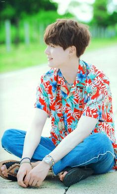 Omo, look at this beautiful human being. I love you sm. Continue being you love. We love you sm. I just want to hug you❤❤  BTS Suga summer package 2017