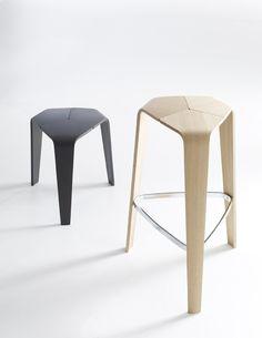 Tre by Davis Furniture