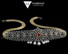 Shop our Stunning Diamond Vaddanam or waist belt models at best price on Vaibhav Jewellers. ✅ Pearl Diamond Waist Belt ✅ Divine Lakshmi Oddiyanam or vaddanam ✅ Ruby Diamond Vaddanam. Pearl Jewelry, Bridal Jewelry, Gold Jewelry, Diamond Necklaces, Diamond Jewelry, Vaddanam Designs, Waist Jewelry, Gold Ring Designs, Gold Pearl