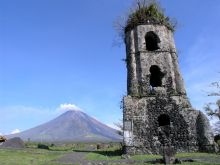 Cagsawa Ruins now. The remnants of an century Franciscan church. The ruins are one of the most popular tourist destinations in the area. They are considered symbolic of the dangers of living in close proximity with the Mayon Volcano. Volcano Photos, Pyroclastic Flow, Abandoned Churches, Places Worth Visiting, Tourist Spots, Cool Landscapes, Natural Wonders, Wonders Of The World, Philippines
