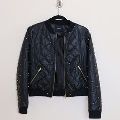 Gold Studded Quilted Bomber Jacket ❤️ In great condition! I think I've worn this about 3 times. Open to reasonable offers. Thanks babes❤️ Forever 21 Jackets & Coats