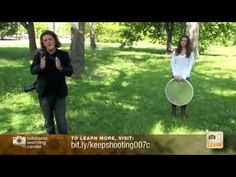 Creating the Perfect Background - Bryan Peterson   Adorama TV