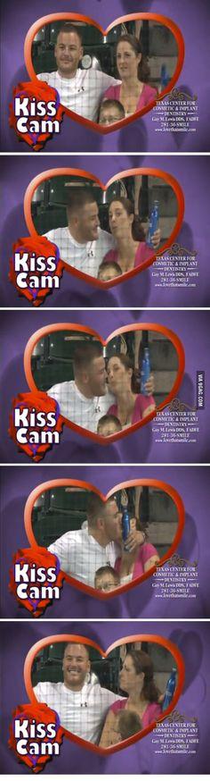 Kiss Cam God