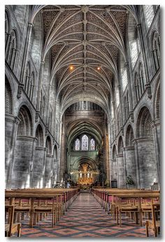 Hereford Cathedral | UK (Photo by Roger Coleman) Hereford Cathedral, Gloucester Cathedral, Uk Photos, Religious Architecture, British Isles, Cathedrals, Interiores Design, Great Britain, Barcelona Cathedral