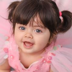 Look Your Best With This Fashion Advice – Top Clothes Boutique Cute Baby Girl Images, Cute Little Baby Girl, Cute Baby Girl Pictures, Little Babies, Baby Love, Sweet Girls, Baby Girls, Baby Girl Hairstyles, Girl Haircuts