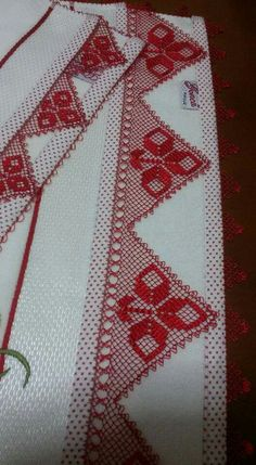 Needle Lace, Filet Crochet, Diy And Crafts, Elsa, Hello Kitty, Bohemian Rug, Projects To Try, Quilts, Blanket