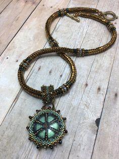 by Cindy Scott Herringbone Stitch, Stitch Design, Free Pattern, Beading, Triangle, Beaded Necklace, Buttons, Stuff To Buy, Inspiration
