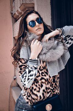 Fur Coat, Jackets, Photography, Fashion, Down Jackets, Moda, La Mode, Fur Coats, Jacket