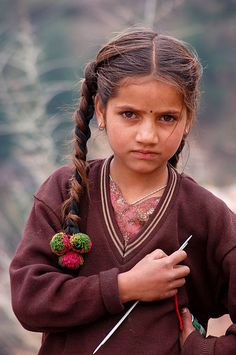 File:(5) The girl with knitting needle, Himachal Pradesh Himalayas India.jpg