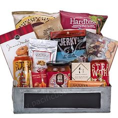 Guy Time : Gift baskets for Father's day Vancouver Gourmet Recipes, Snack Recipes, Gourmet Gift Baskets, Beer Gifts, Fresh Fruit, Fathers Day, Chips, Guys, Food