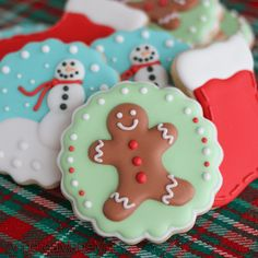 Custom Decorated Cookies for Christmas - AngelicaMadeMe Christmas Cookie Icing, Christmas Biscuits, Christmas Sweets, Christmas Cooking, Fancy Cookies, Iced Cookies, Holiday Cookies, Summer Cookies, Heart Cookies