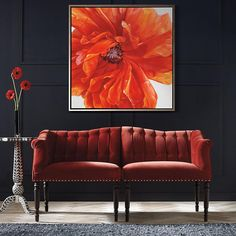 The power of a single painting. Adding a piece of wall art to your home decor can make a tremendous difference. Most times, investing in a good looking painting is a good choice. Thus you don't have to buy a Picasso. What's nice about this flower painting is that you don't have to be an art fanatic to appreciate its value. Without the wall art, the living room in the picture would feel less elegant and chic. To purchase this exact painting, head over to frontgate's website. #afflink…