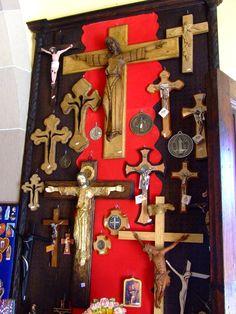 Librería. Hermanas Dominicas de María. Santuario de Atotonilco. Diocesis de Celaya. www.diocesisdecelaya.org.mx