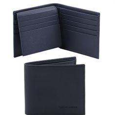 Deze italiaanse saffiano lederen portemonnee heeft 12 Credit card pockets 2 compartimenten nog twee multifunctionele vakken 2 vakken voor papiergeld - € 75,00