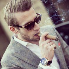 #menswear #modaparahomens #style #fashion #cigar #charuto #modamasculina #estilo