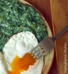 Spinach and Wild Garlic Mash by Transylvanian Kitchen Wild Garlic, Garlic Mash, Palak Paneer, Mashed Potatoes, Spinach, Grilling, Food And Drink, Sweets, Tableware