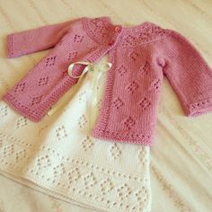 Knitting Baby Pullover Girls 70 New Ideas Knitting For Kids, Baby Knitting Patterns, Crochet For Kids, Knitting Designs, Baby Patterns, Free Knitting, Crochet Baby, Knit Crochet, Knitted Baby