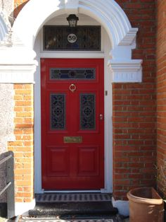 5 panel Victorian front door with amazing leadlight. What's in a door? If you've ever had the privilege of getting your way around London, you might have noticed that the doors in this ci… Victorian Front Doors, History, Entrance Ideas, Amazing, Number, Home Decor, Historia, Decoration Home, Room Decor