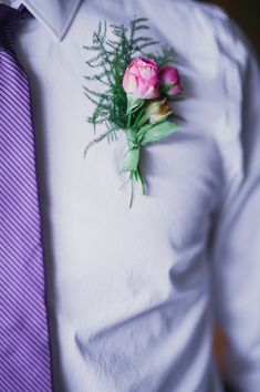 pink and green boutonniere - photo by Barrie Anne Photography http://ruffledblog.com/mid-century-modern-spring-elopement #boutonnieres #grooms